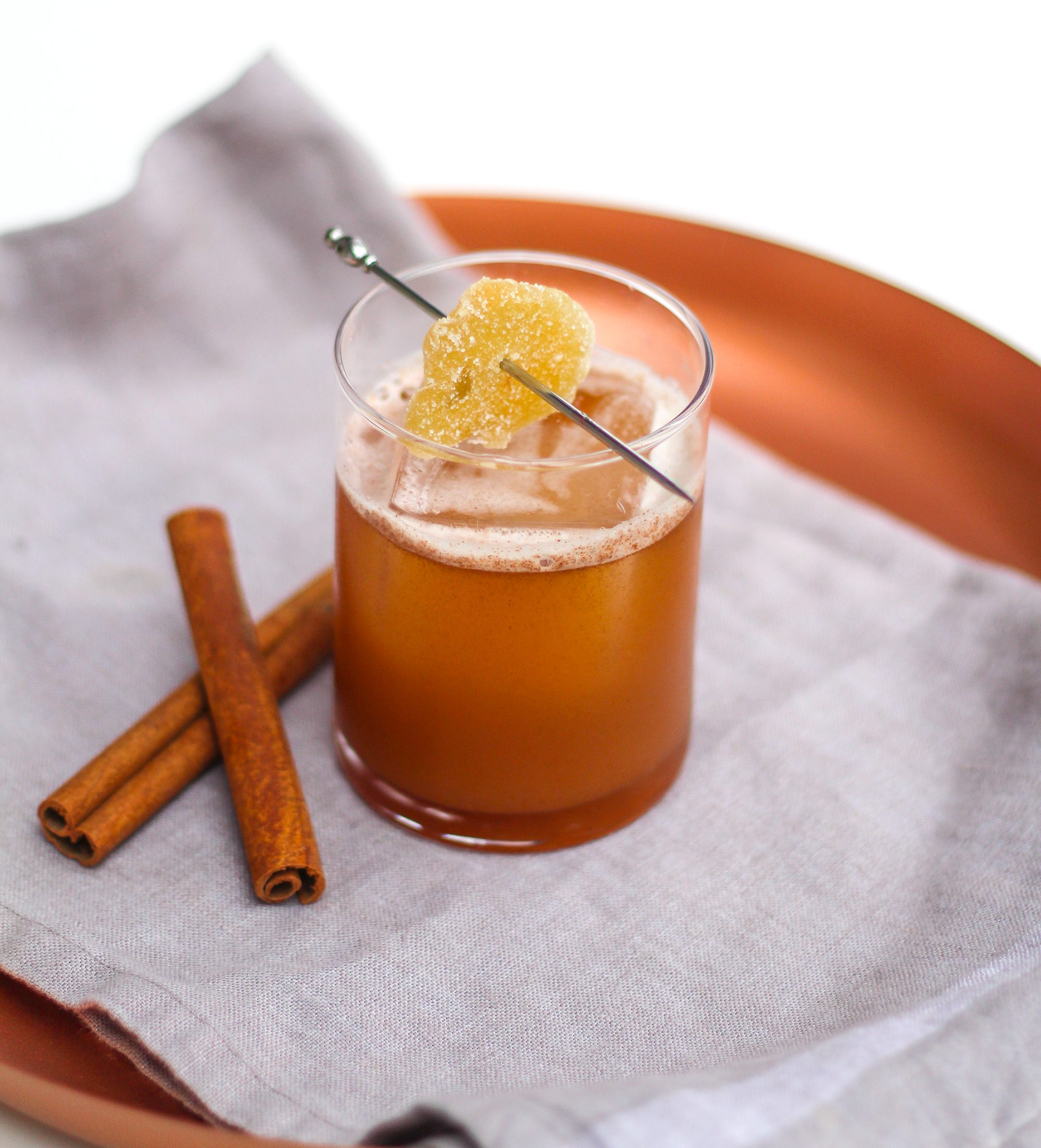 sweet apple rye apple pie cocktail