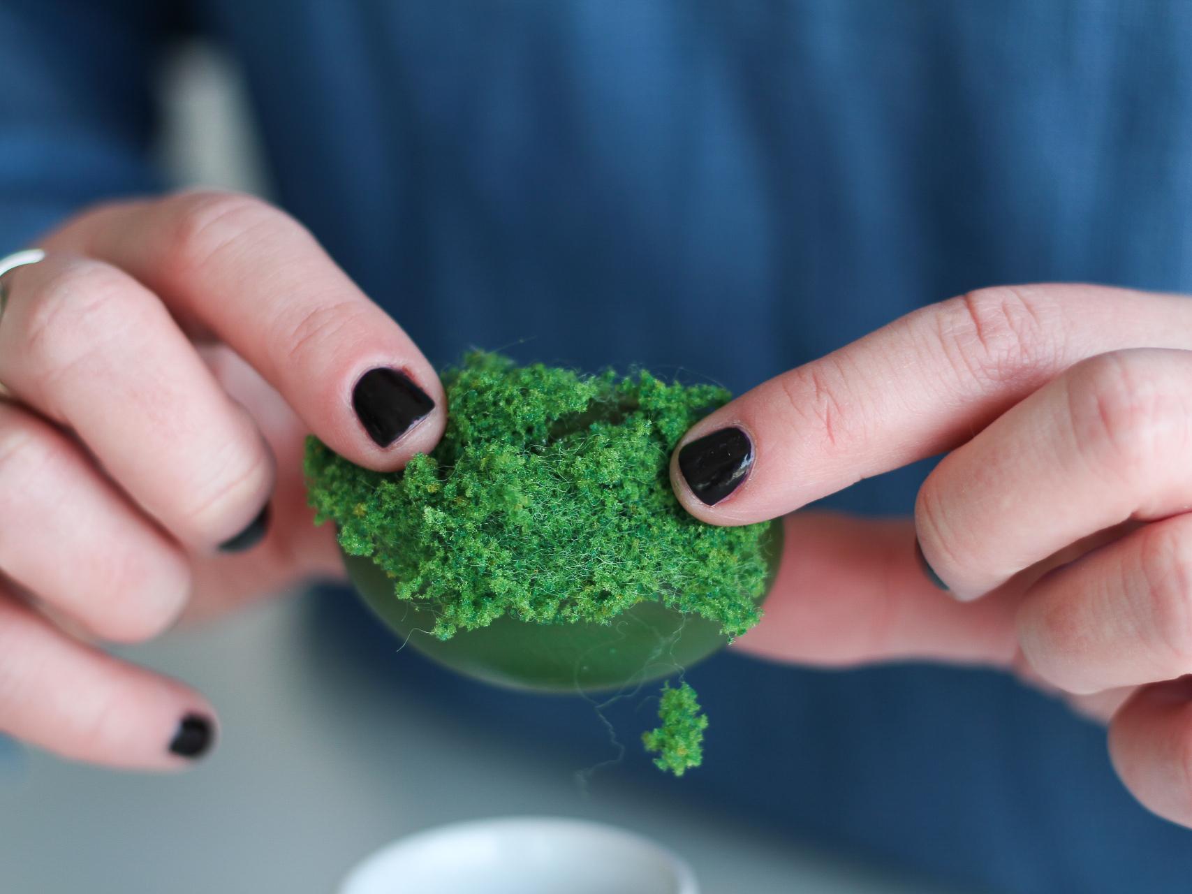 how to make a diorama egg