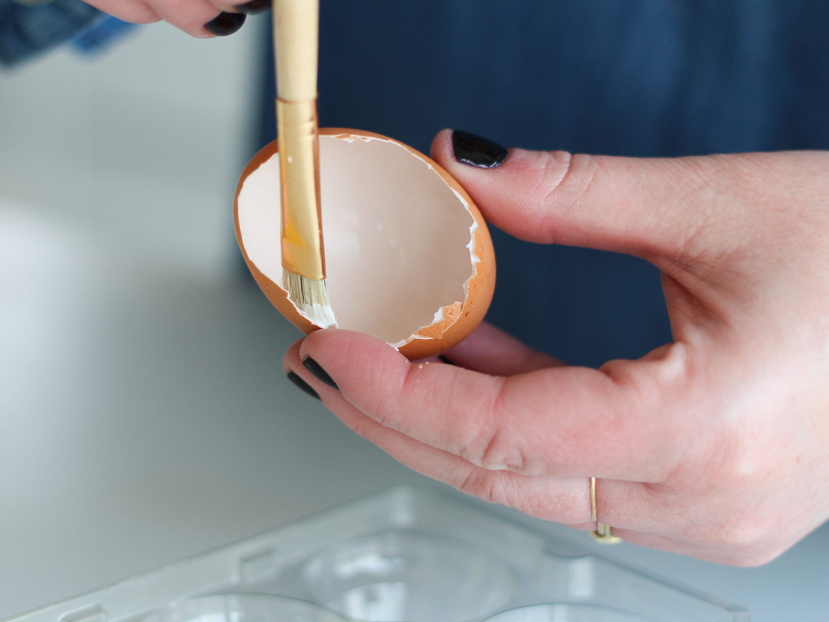 how to make a diorama egg